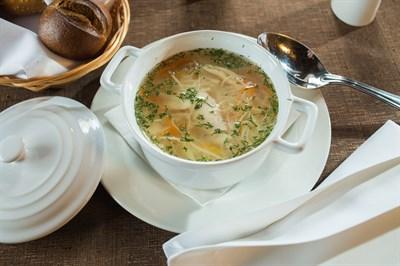 Суп-лапша из домашней курицы